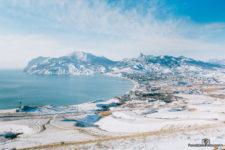фото зимнего поселка Коктебель в Крыму