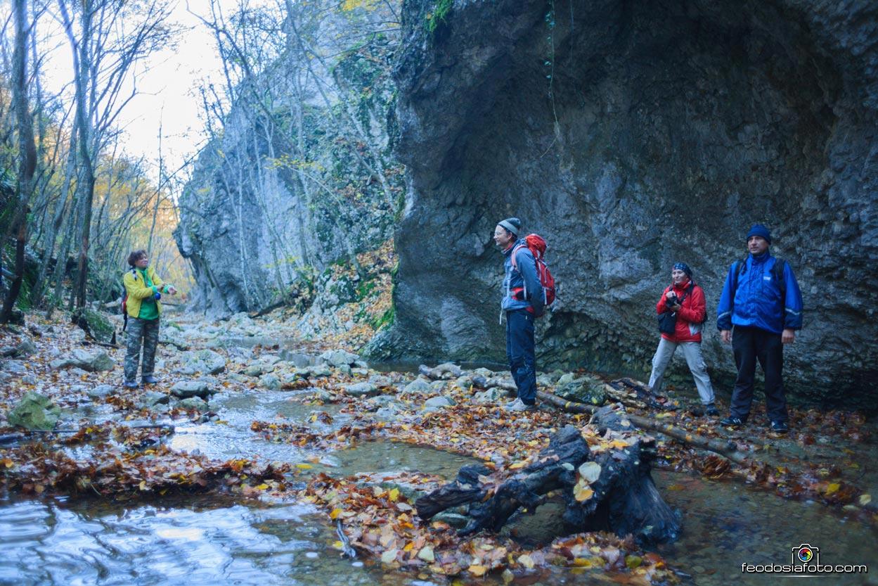 Фотографии малого каньона Крыма осенью. Село Поворотное, Белогорский район.