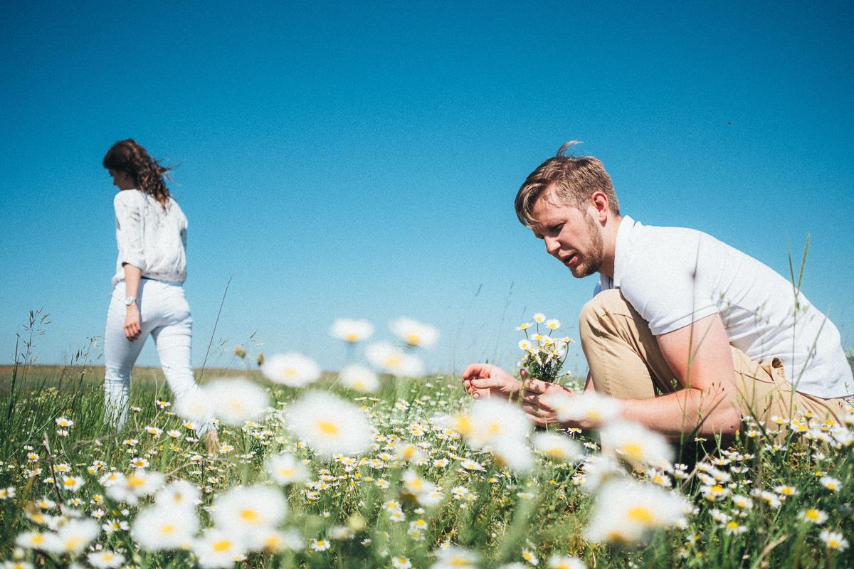 фотосессия в Крыму, ромашковое поле, путешествие, фотограф в Феодосии