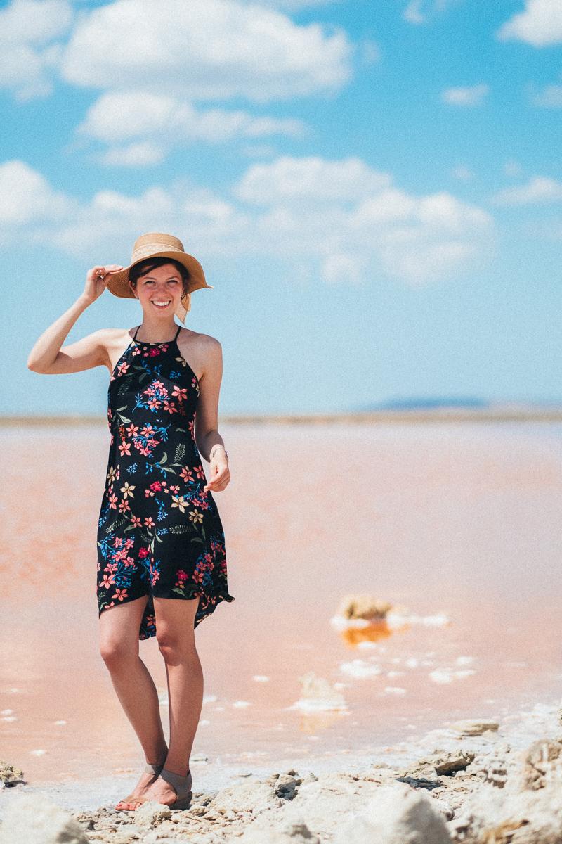 Фото съемка на розовом озере